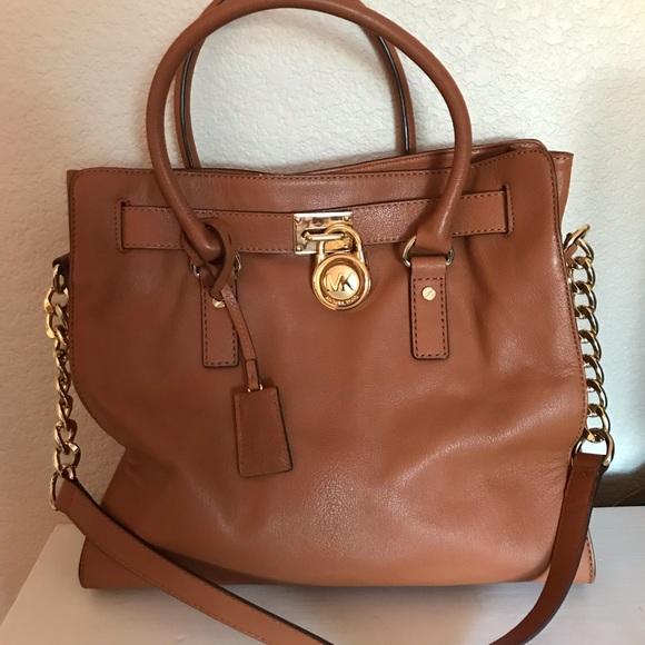 Michael Kors Handbags - Michael Kors Leather Hamilton Tote